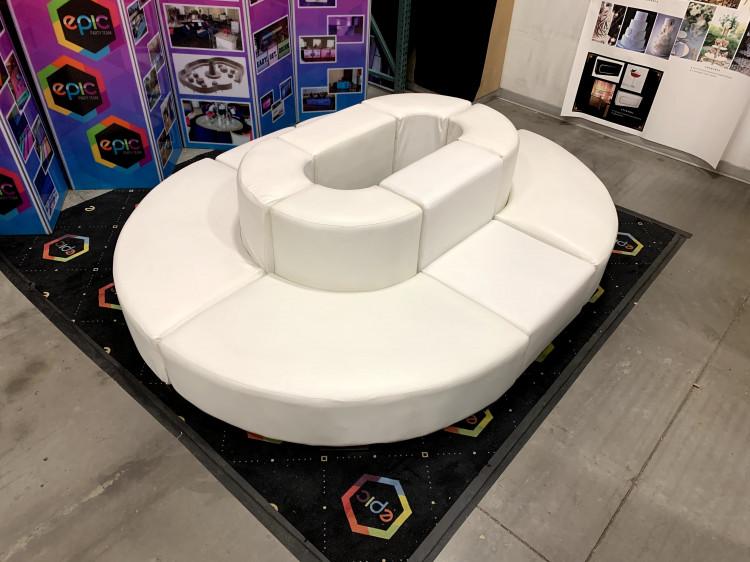 Mondrian - Oval Lounge - White