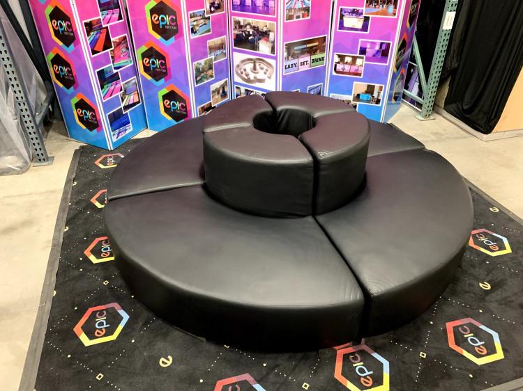 Mondrian - Circular Couch - Black